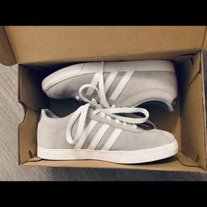 Adidas Courtset W Size 6